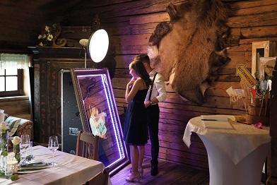 mirror selfie box magic